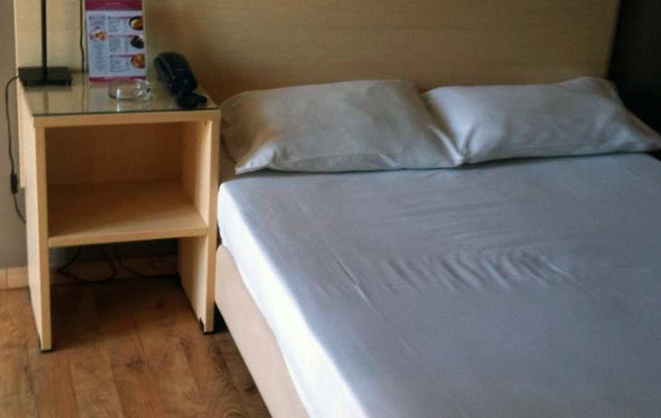 room_inside_02